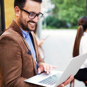¿Cómo trabaja una agencia digital?